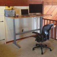 Above: GeekDesk at Max Height||